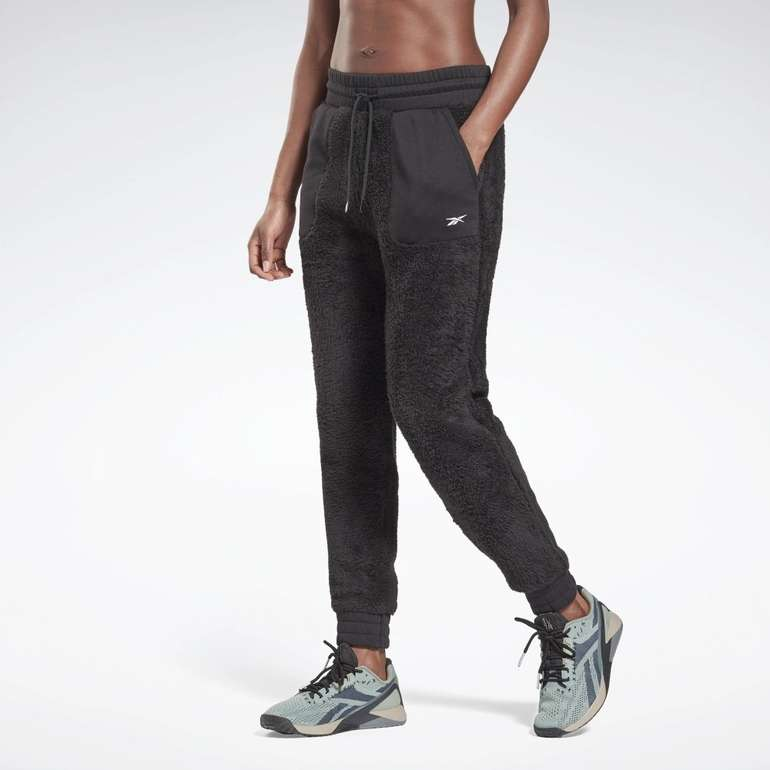 Reebok MYT Cozy Damen Joggers in 3 Farben für je 35€ inkl. Versand (statt 45€)