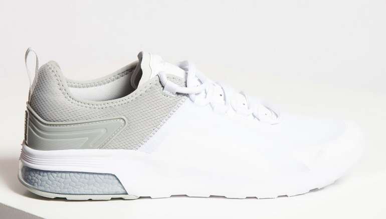 Puma Herren Sneaker in weiß/grau für 45,71€ inkl. Versand (statt 55€)