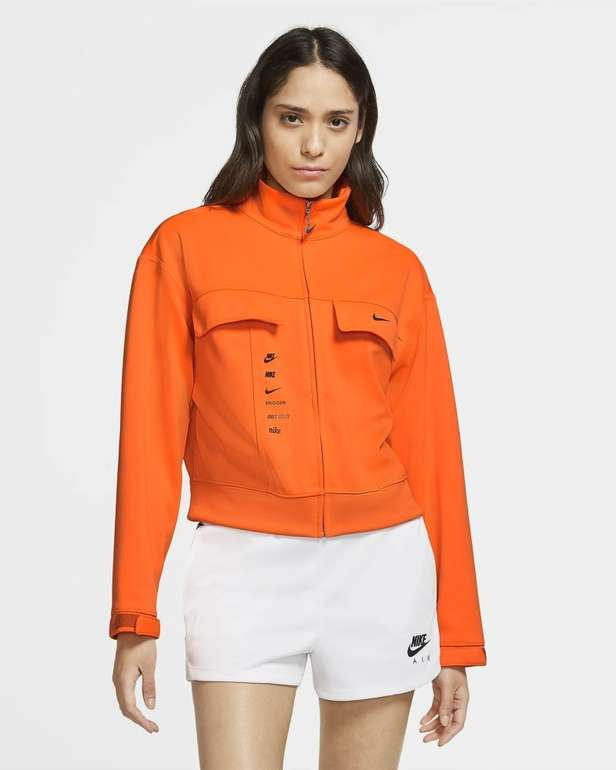 Nike Sportswear Swoosh Damen Jacke für 39,58€ inkl. Versand (statt 52€) - Nike Membership!