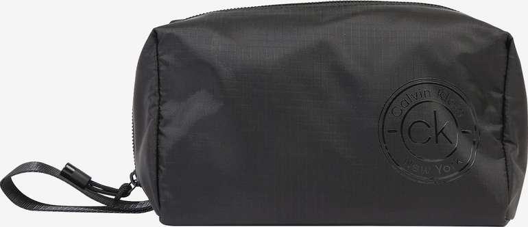 """Calvin Klein Kulturbeutel """"CK Availed Washbag"""" für 15,71€ inkl. Versand (statt 25€)"""
