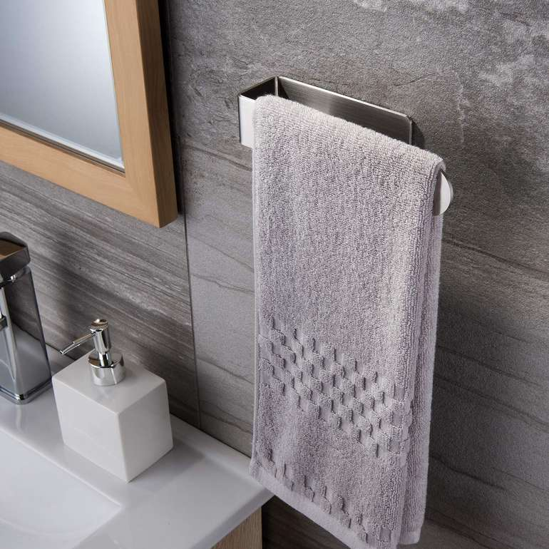 Ruicer selbstklebender Handtuchhalter für 11,99€ inkl. Prime VSK
