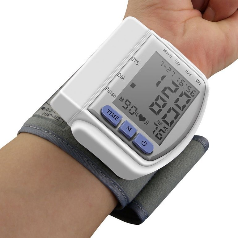 Digitales Blutdruckmessgerät für 8,71€ inkl. Versand