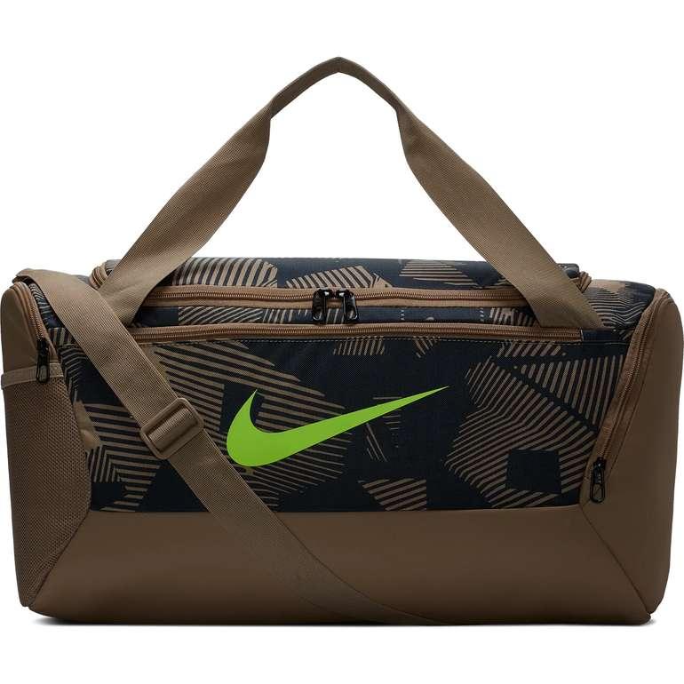 Nike Brasilia S Duffle Sporttasche mit 40L für 14,99€ inkl. Versand (statt 25€)