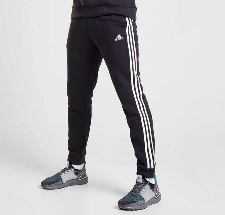Adidas Essential Trainingshose für 35€ inkl. Versand (statt 45€)