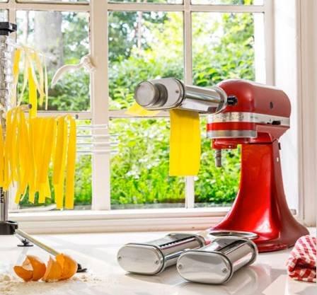 KitchenAid 5KSMPRA 3-teiliger Nudelvorsatz für 92,36€ inkl. Versand (statt 129€)