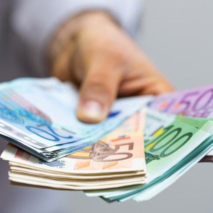 Smava Kredit ab 8.001€ aufnehmen und bis zu 1.000€ Amazon.de Gutschein bekommen