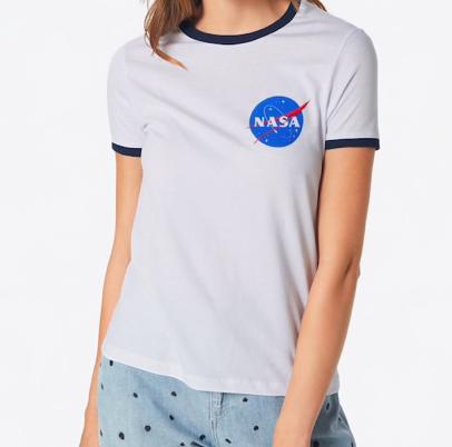 Boohoo Nasa T-Shirt Damen für 12,67€ inkl. Versand (statt 17€)