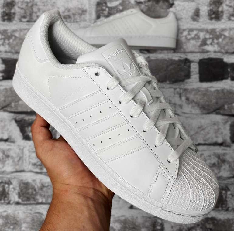 Adidas Originals Superstar Foundation Sneaker für 48,94€ inkl. Versand (statt 64€)