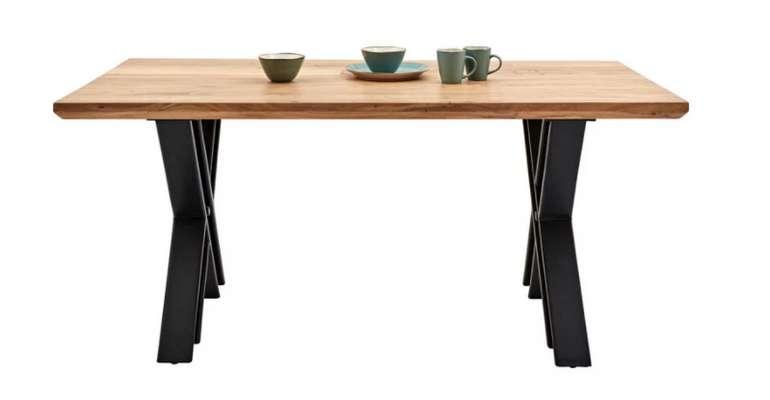 Zandiara Esstisch aus Akazie mit schwarzen Tischbeinen für 348,95€ inkl. Versand (statt 429€)
