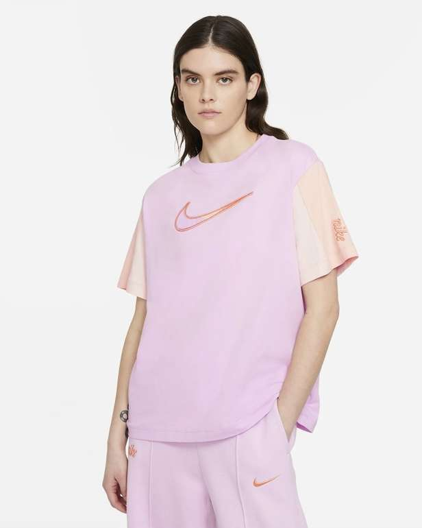 Nike Sportswear Essential Damen Kurzarm-Oberteil für 27,99€ (statt 35€) - Nike Membership!