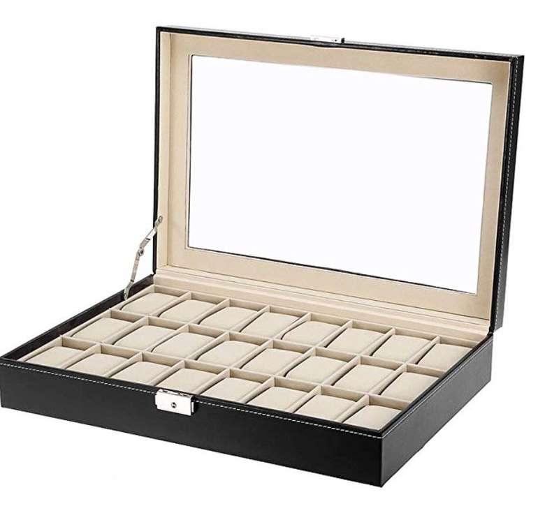 Uten Uhrenbox aus Kunstleder (für bis zu 24 Uhren) nur 16,88€ inkl. Prime Versand (statt 27€)