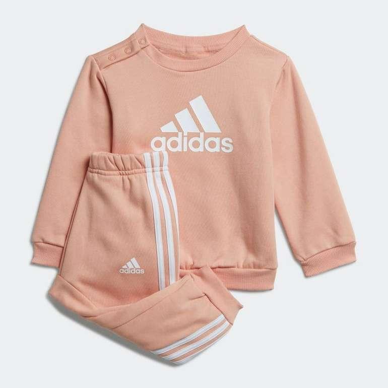Adidas Badge of Sport Baby, Kinder Jogginganzug für 24,50€ inkl. Versand (statt 32€) - Creators Club!