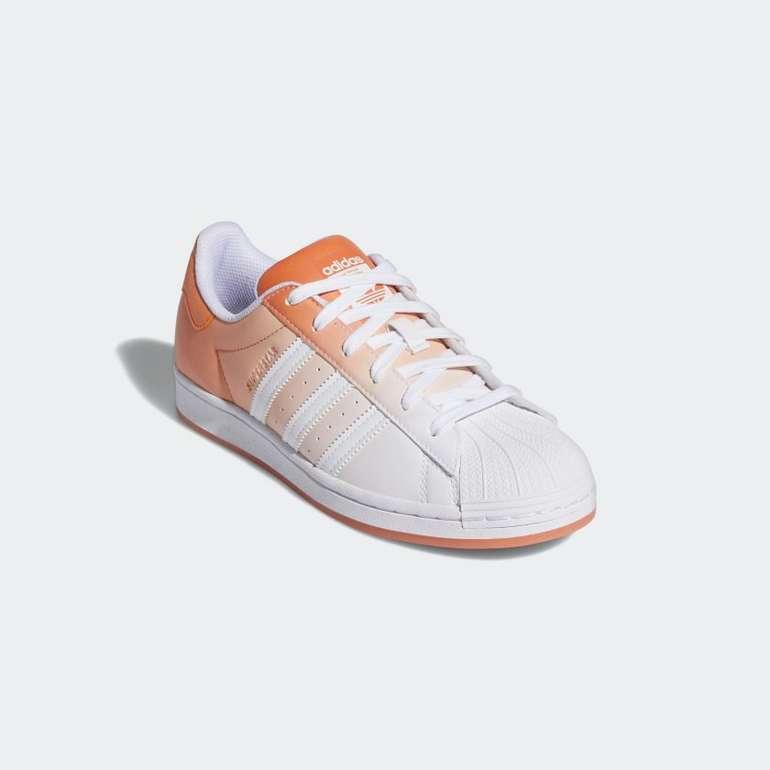 Adidas Superstar Sneaker für Damen mit Farbverlauf für 49€ inkl. Versand (statt 70€)