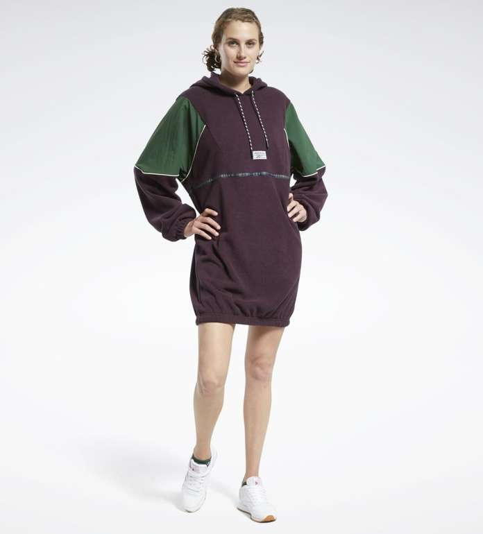 "Reebok Classics Damen Kleid ""Winter Escape Hooded Dress"" für 31,56€ inkl. Versand (statt 36€)"