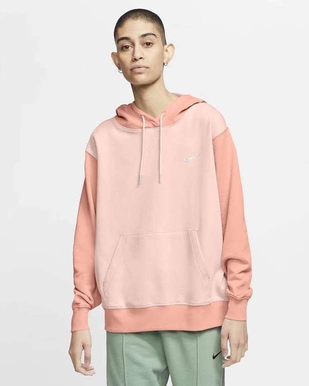 Nike Sportswear Swoosh-Hoodie für Damen in 2 Farben für je 35,67€ inkl. Versand (statt 44€) - Nike Member!