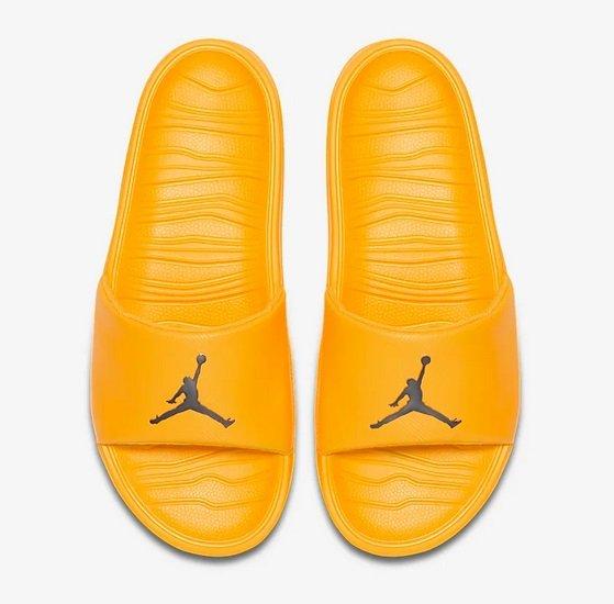 Nike Jordan Break Slides Badelatschen für 18,88€ (statt 27€)