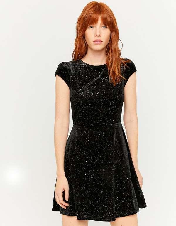 Tally Weijl glitzerndes ausgestelltes Kleid für 11,99€ inkl. Versand (statt 20€)