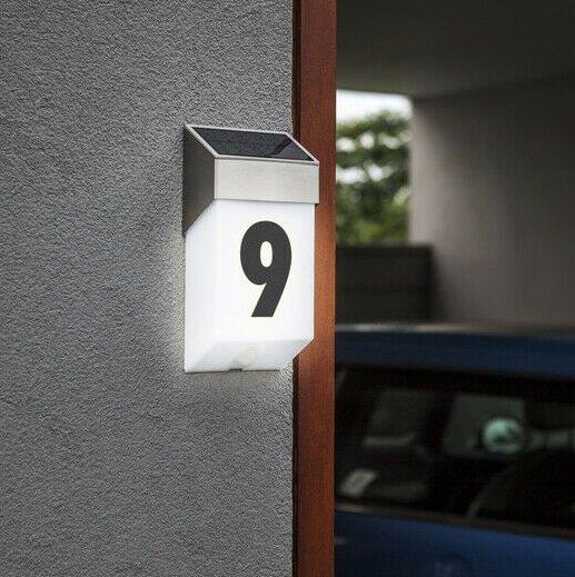 Lutec Solar Hausnummer mit LED Leuchte & Bewegungsmelder für 9,99€ inkl. VSK