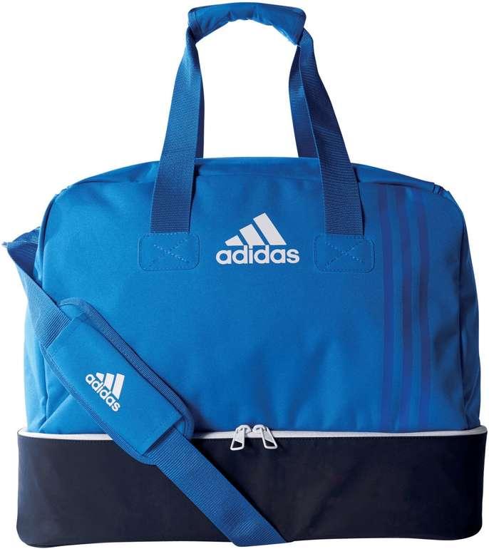 adidas BS4750 Tiro Teambag Small mit Bodenfach für 15,98€ (statt 22,95€)