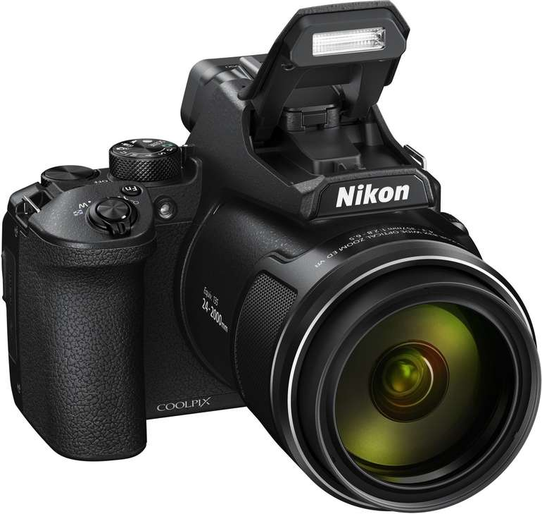 Nikon Coolpix P950 Bridgekamera (16 Megapixel, 83 fach opt. Zoom, LCD-TFT) für 599€ inkl. Versand (statt 669€)
