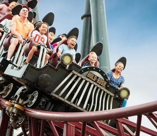 Tageskarte Themepark & Resort Slagharen (Niederlande) für 15,50€ (statt 24€)