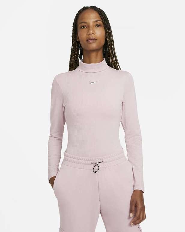 Nike Sportswear Swoosh Damen Langarm-Oberteil für 31,99€ (statt 40€) - Nike Membership!