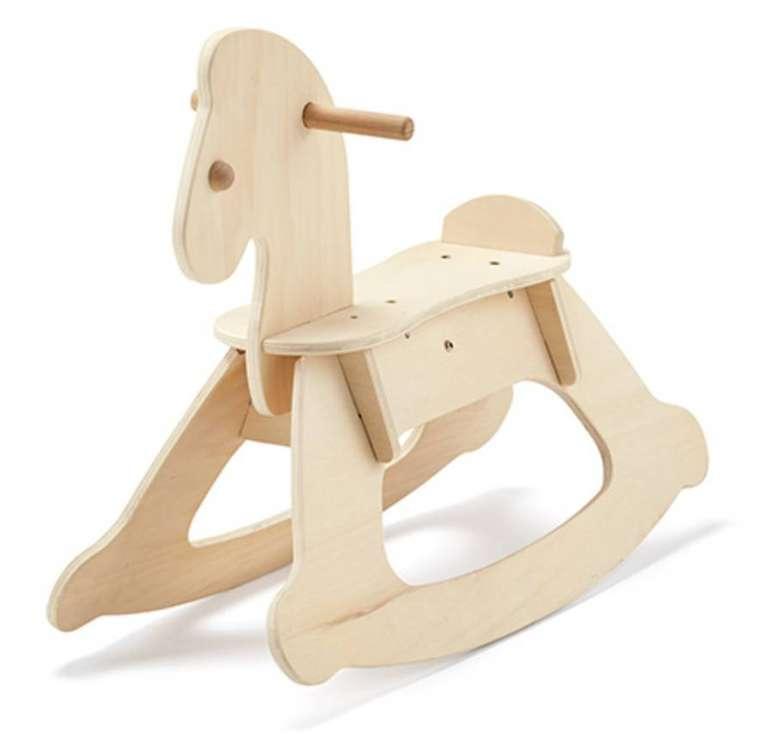 Schaukelpferd aus Holz für 26,10€ inkl. Versand (statt 50€)