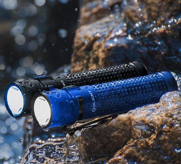 Olight Baton Pro Taschenlampe mit 2000 Lumen & 132 Meter Reichweite für 64,77€
