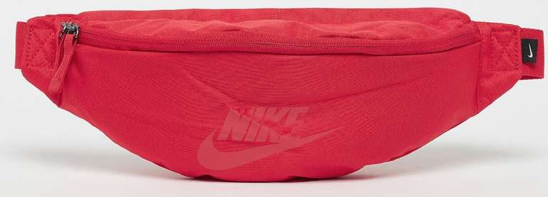 Nike Sportswear Heritage Bauchtasche für 11,99€ inkl. Versand (statt 20€)