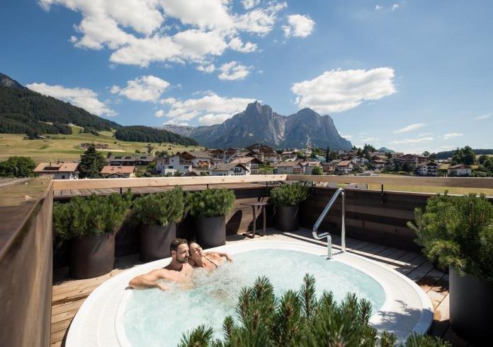 Südtirol: 2ÜN im 4* Hotel Lamm mit Halbpension + Spa + Extras ab 199€ p.P.
