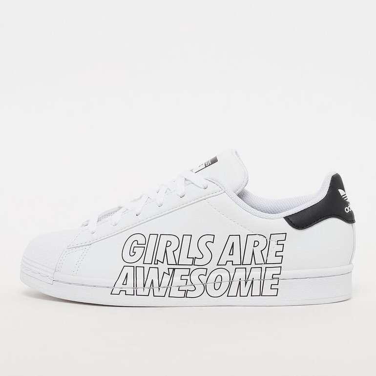 Adidas x Girls are awesome Superstar Kinder Sneaker (Gr. 36 2/3 bis 38 2/3) für 23,70€ inkl. Versand