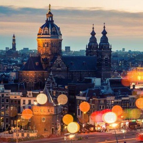 Amsterdam: 1 Nacht im top 4* Hotel Corendon Village inkl. Frühstück & Spa ab 34,50€ p.P.