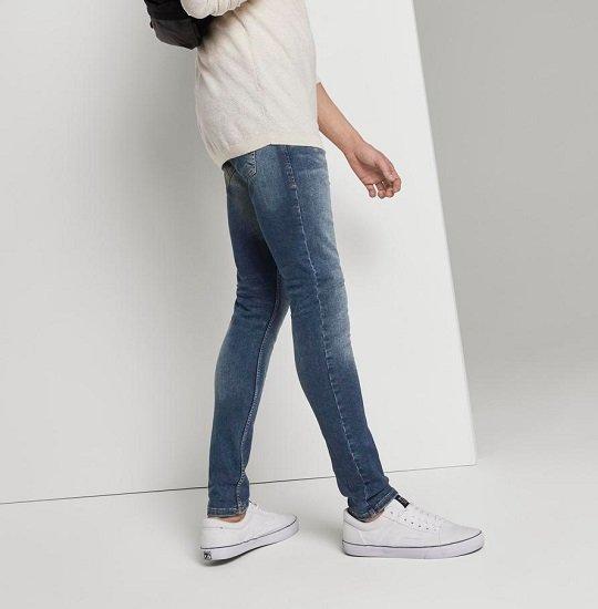 Tom Tailor mit bis 25€ Rabatt auf Hosen & Jeans - z.B. Jogginghose für 48,48€