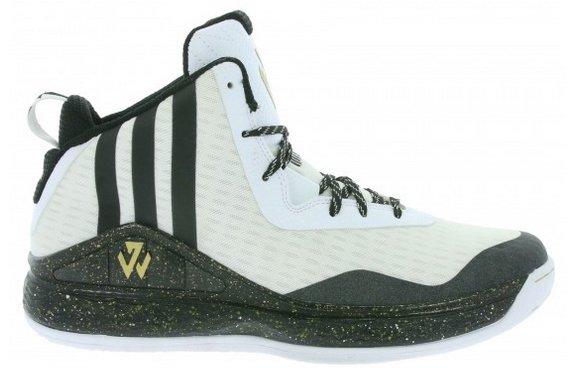 Verschiedene Adidas Performance J Wall Herren Basketballschuhe für 34,99€
