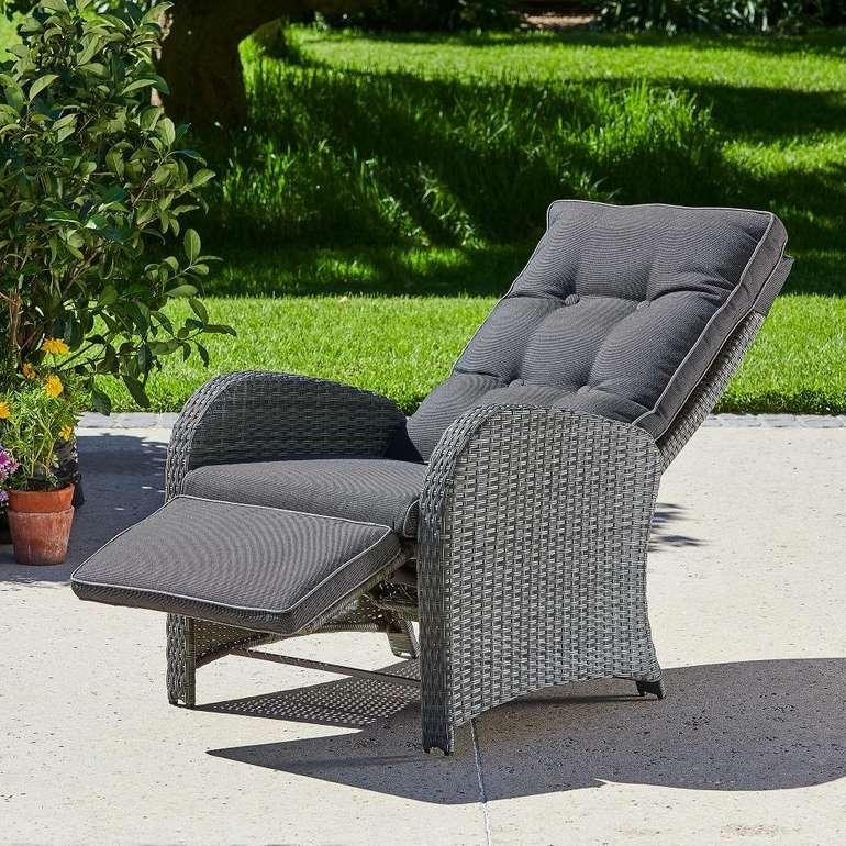 Luxus-Komfortsessel Colombo mit Sitzkissen in grau für 150€