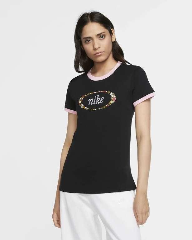 Nike Sportswear Femme Ringer T-Shirt in 2 Farben für je 17,18€ (statt 24€) - Nike Membership!