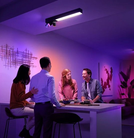 Philips Hue White And Color Ambiance Centris (3er-Deckenspot) mit Bluetooth für 259,89€