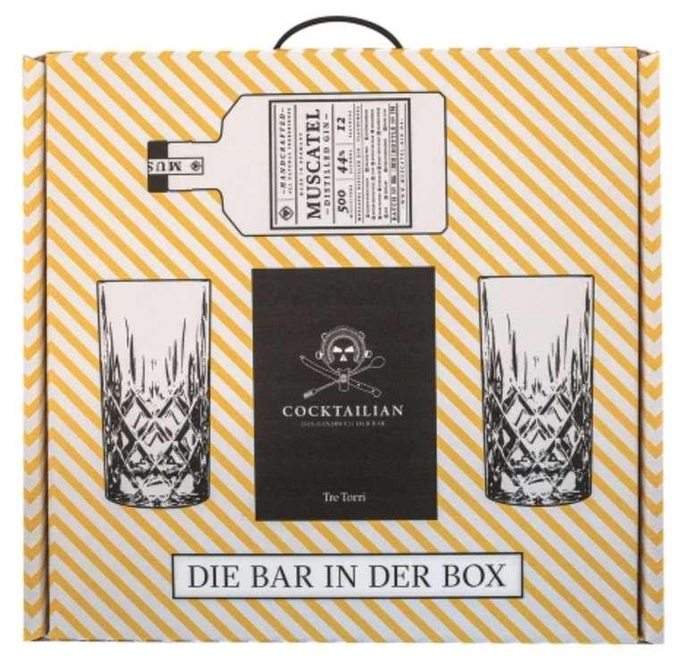 """Geschenkset """"Die Bar in der Box"""" (1x Muscatel Gin (0,5L), das Buch Cocktailian + 2 Longdrink-Gläser) für 45,99€"""
