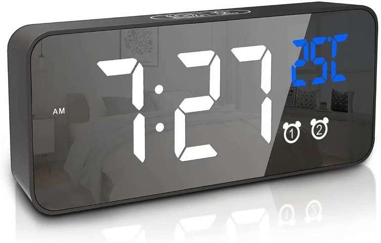 Apkyo digitaler Wecker (13 Klingeltöne, Doppelalarm) für 7,19€ inkl. Prime Versand (statt 18€)