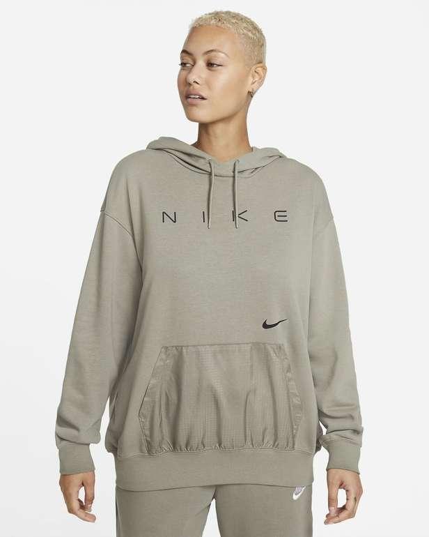Nike Sportswear extragroßer Fleece-Hoodie für 39,18€ inkl. Versand (statt 45€) - Nike Membership