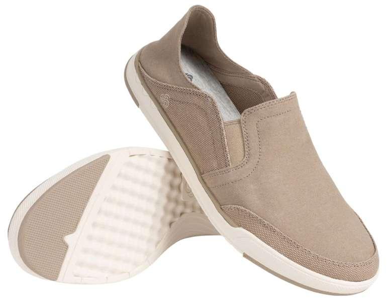 Clarks Schuh Sale bei SportSpar - z.B. Step Isle Canvas Slip On Herren Schuhe für 29,99€ (statt 70€)