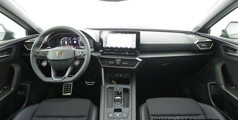 Cupra Leon Sportstourer e-Hybrid 2