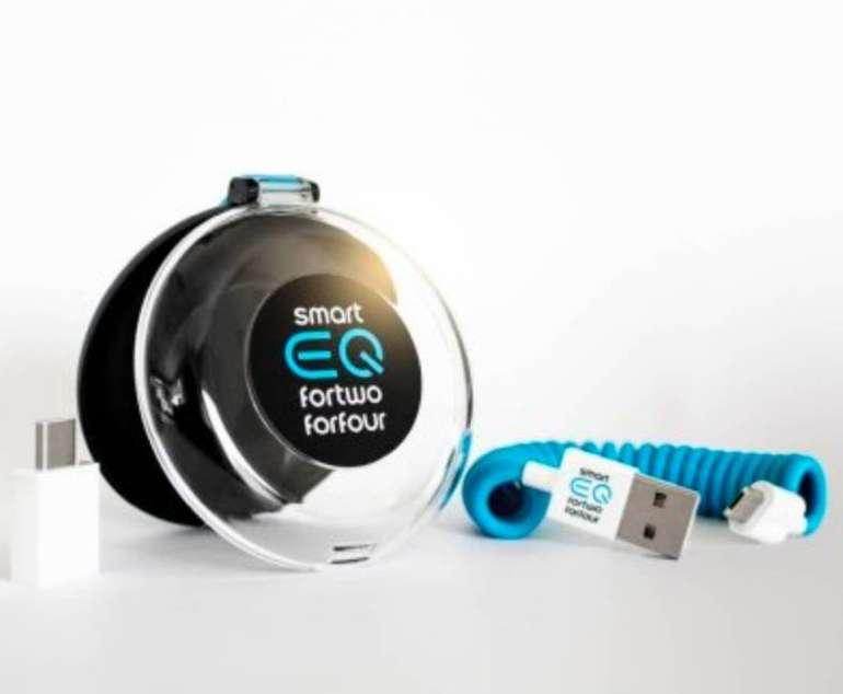 Kostenloses Universal-USB-Kabel für eine Newsletteranmeldung bei Smart