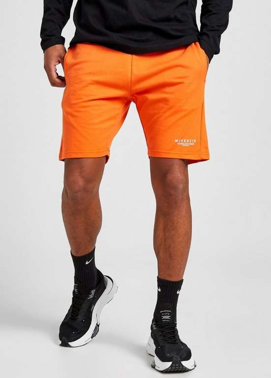 McKenzie Essential Fleece-Shorts ab 11,99€ inkl. Versand (statt 29€)