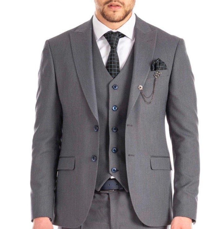 Prestije: 50% Rabatt auf alle Abendkleider, Cocktailkleider & Ballkleider und 40% Rabatt auf alle Anzüge!