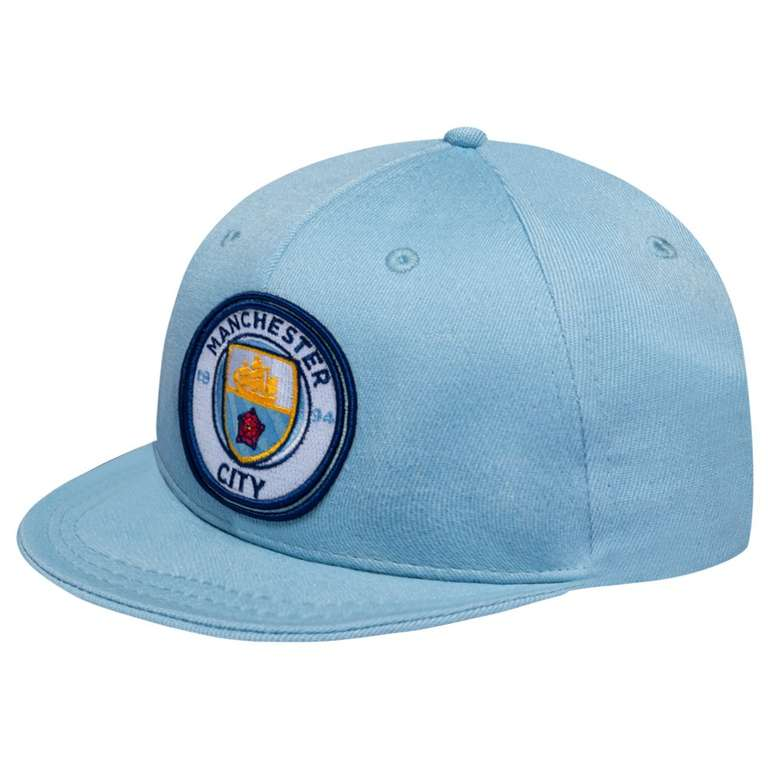 Verschiedene Fan Snapback Caps für je 2,22€ zzgl. 3,95€ Versandkosten (West Ham, Scotland, Man City)