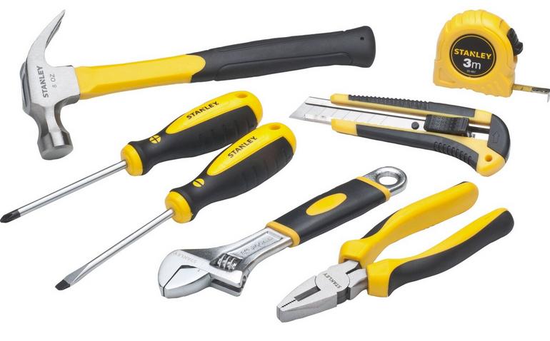 Stanley Kombi-Werkzeug-Set mit Box 7tlg. für 23,48€ inkl. Versand (statt 27€)