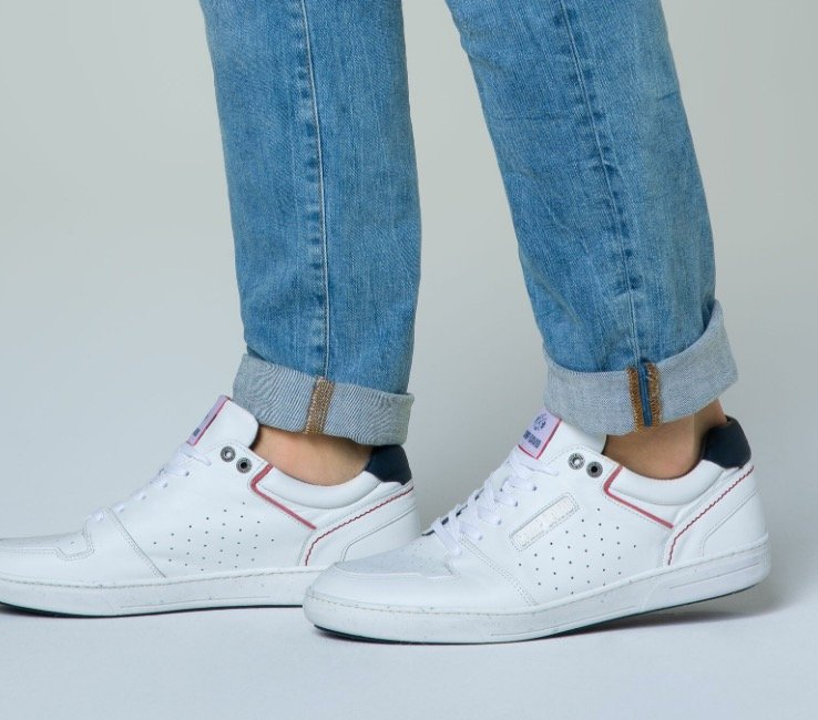 25% Rabatt auf Damen und Herren Sneaker bei Camp David & Soccx - z.B. Premium Sneaker für 74,96€