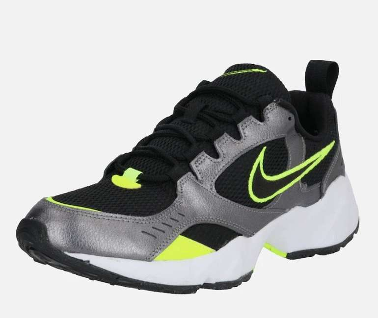 Nike Air Heights Herren Sneaker für 31,43€ inkl. Versand (statt 44€)