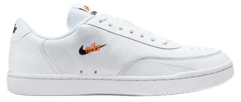 Nike Court Vintage Premium Damen & Herren Sneaker für 52,49€ (statt 67€) - Nike Membership!